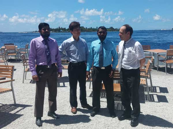 Paul O'Neill with Ahmed Salih of Auditor General Office Maldives